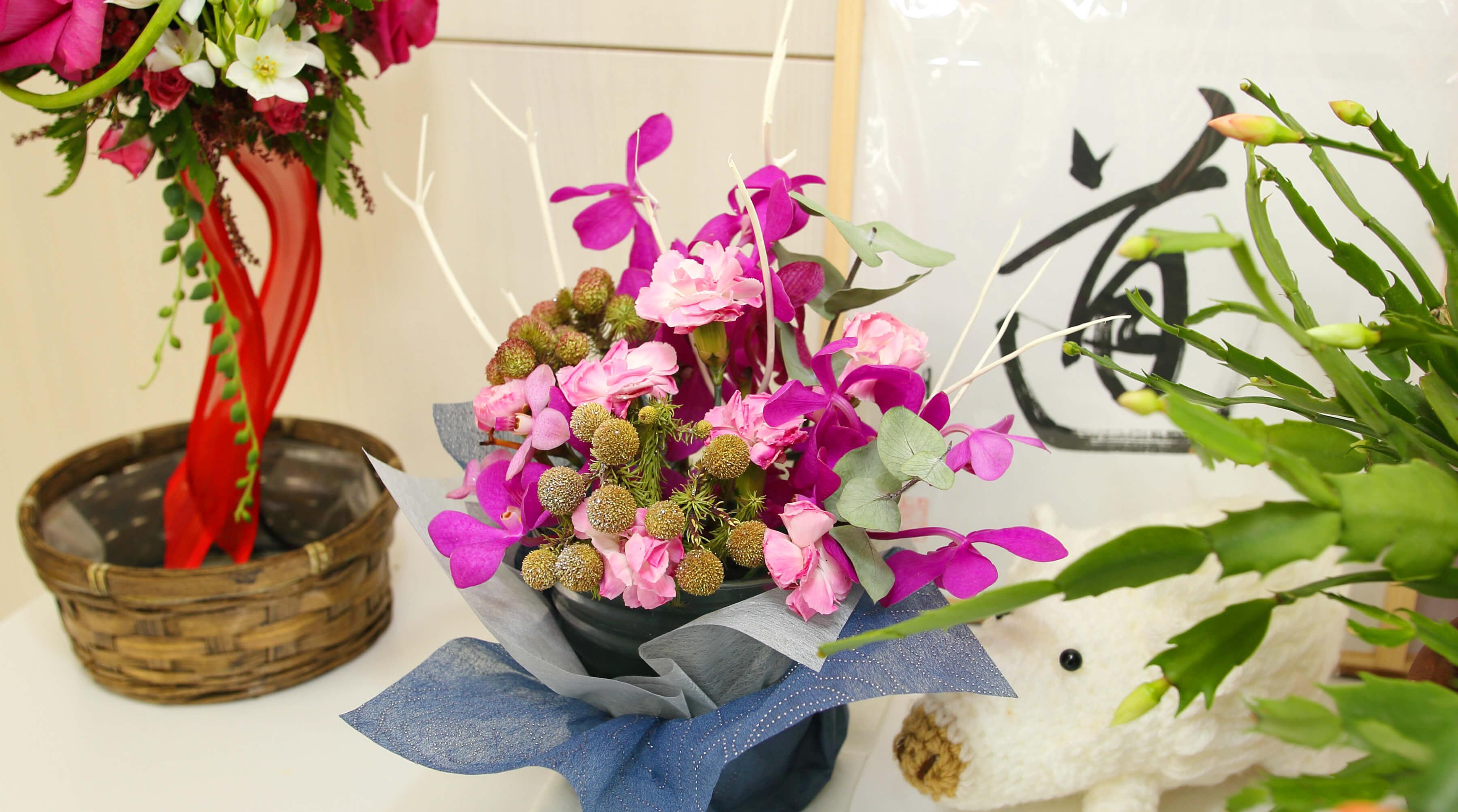 院内の生花オブジェ